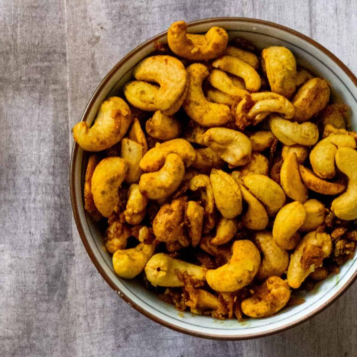 Bowl of Coconut Curry Cashews