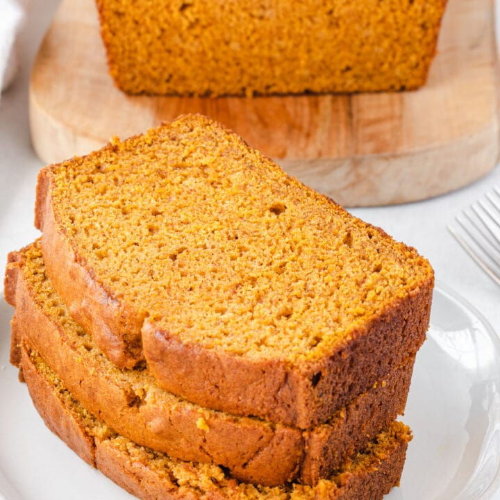 3 slices of pumpkin bread stacked.